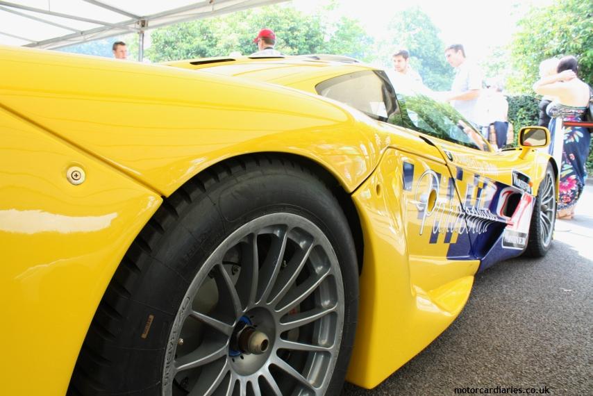 McLaren F1.186